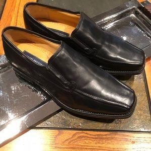 Georgio Bertini size 9 black leather dress shoes